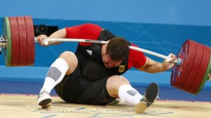 Powerlifter collapsed under Olympic bar