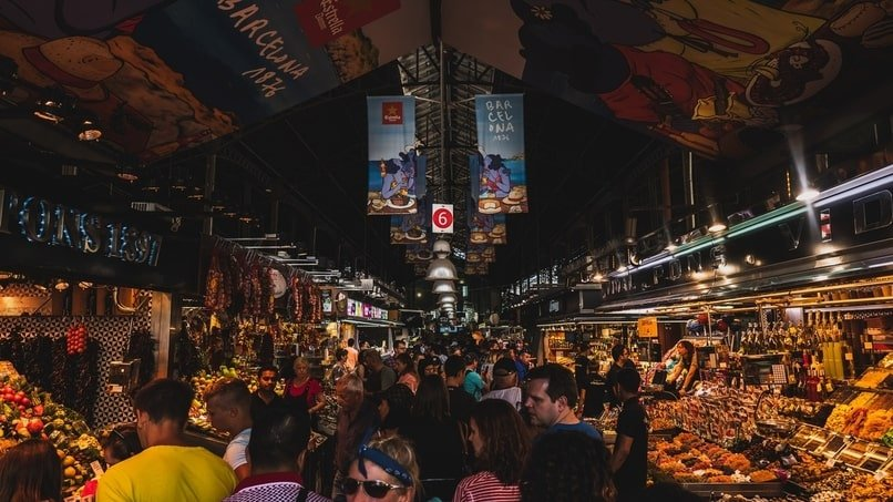 Crowd of people in an outdoor market